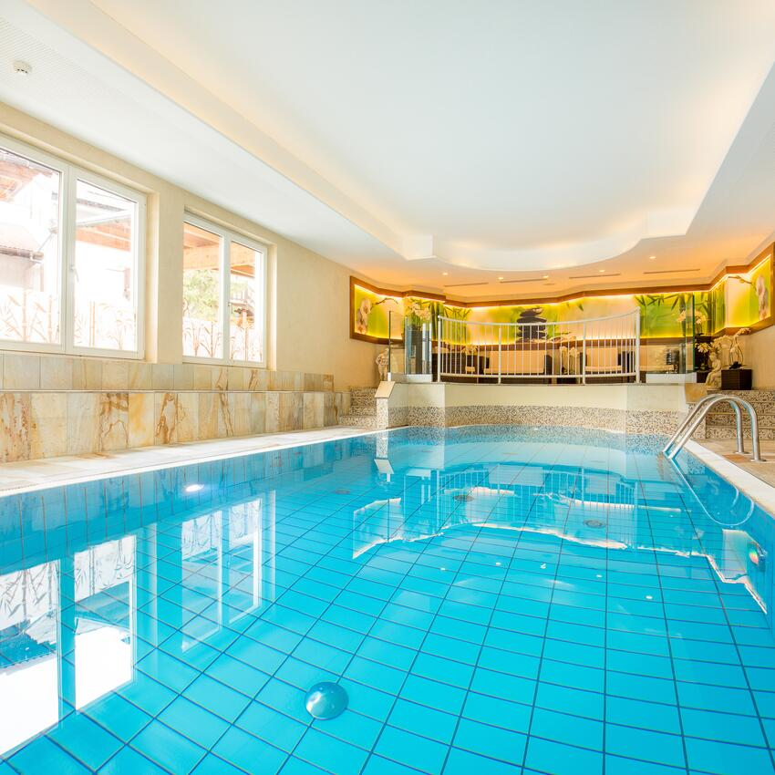indoor pool hotel serfaus