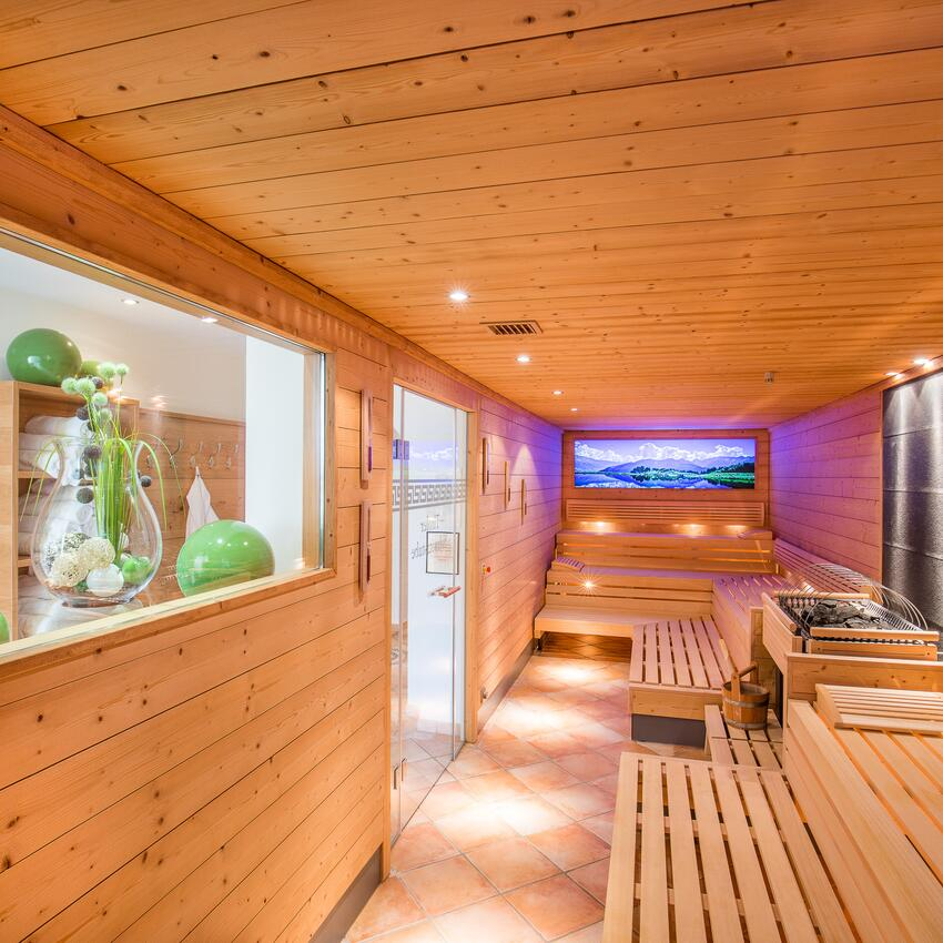 hotel with sauna serfaus