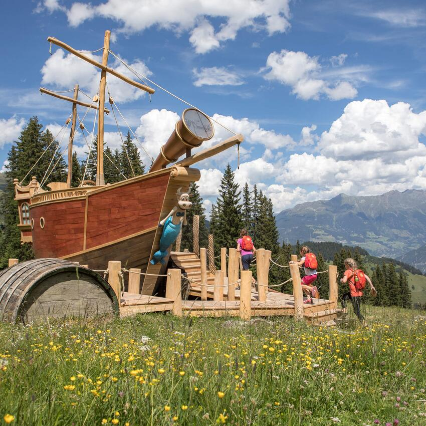 pirate boat in serfaus