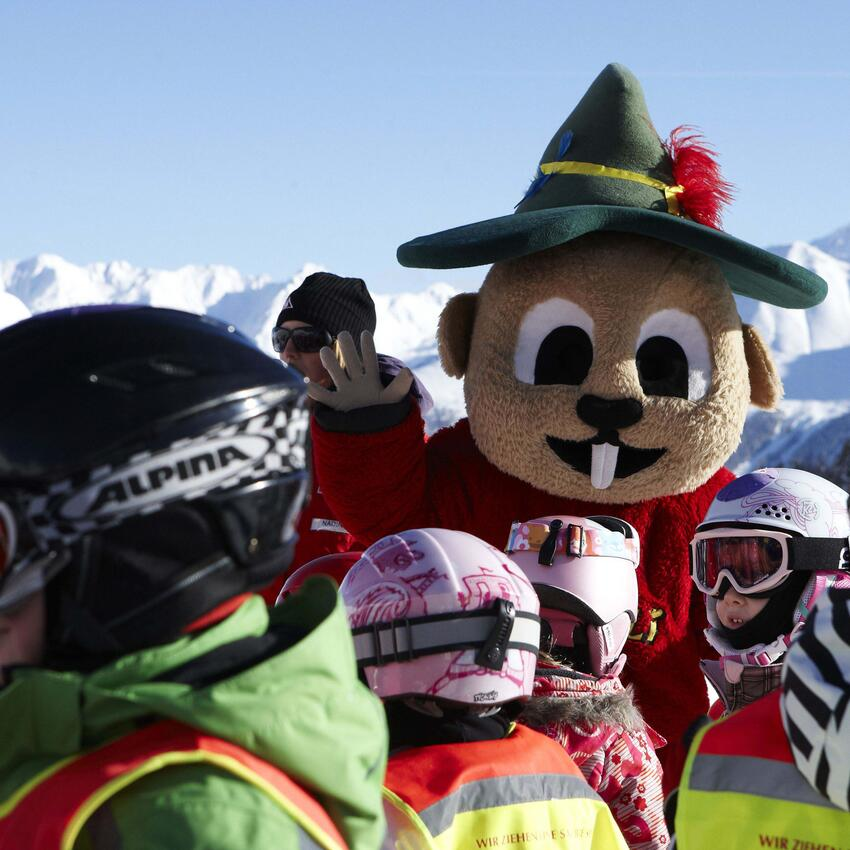 ski club kids care serfaus